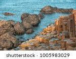 giant's causeway or giant's... | Shutterstock . vector #1005983029