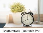 good morning clock at 08 00 am  | Shutterstock . vector #1007805490