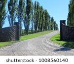 rural driveway with bluestone... | Shutterstock . vector #1008560140