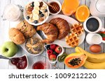 breakfast served with coffee ... | Shutterstock . vector #1009212220