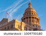 texas state captol building in... | Shutterstock . vector #1009750180