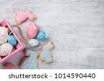 Easter Gingerbread Cookies On...