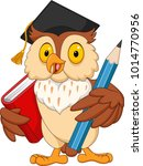 Stock vector cartoon owl holding pencil and book 1014770956