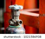 high pressure cylinder valve