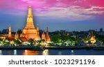 wat arun ratchawararam  a...   Shutterstock . vector #1023291196