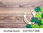 Golden horseshoe and clover...