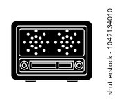retro radio icon | Shutterstock .eps vector #1042134010