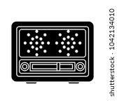 retro radio icon | Shutterstock .eps vector #1042134010