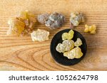 Big Aromatic Yellow Resin Gum...
