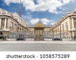 palais de justice de paris ... | Shutterstock . vector #1058575289