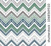 seamless ethnic zigzag chevron... | Shutterstock .eps vector #1068569510