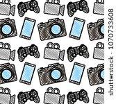 doodle smartphone with video... | Shutterstock .eps vector #1070733608
