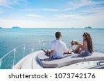 Honeymoon Getaway On Luxury...