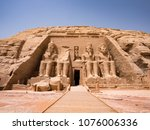 statues in front of abu simbel... | Shutterstock . vector #1076006336
