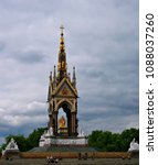 Small photo of Prince Albert Memorial, London, England, UK, July 11, 2007