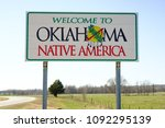 welcome ot oklahoma sign on a...   Shutterstock . vector #1092295139