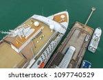 Luxury Yachts Dropped Anchor I...