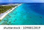 kauehi south est beach white... | Shutterstock . vector #1098812819
