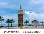 The view of the bell tower after the sea view of Haikou