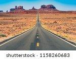 Road To Monument Valley  Utah
