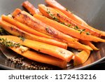 Roasted Carrots With Thyme ...