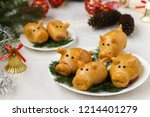 "buns ""pigs"" for the new year... 