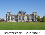 reichstag building in berlin ...