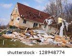 Tornado Damage In Lapeer ...
