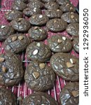 crinkle brownie cookies with... | Shutterstock . vector #1292936050