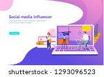 social media influencer live...