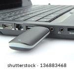 pen drive | Shutterstock . vector #136883468