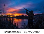 prior to a christmas duck hunt  ...   Shutterstock . vector #137979980