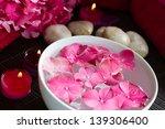 Pink Hydrangea Flowers Floatin...