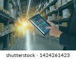 smart retail concept  man hand...