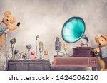 antique gramophone phonograph... | Shutterstock . vector #1424506220
