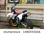 Suzuki Motor Bike  White And...