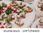 Stock photo delicious sandwiches with herring and onion close up of tasty crispy sandwiches or canapes with 1497296603