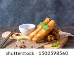 Deep fried spring rolls  por...
