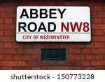 Постер, плакат: Abbey Road sign at