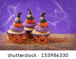 Halloween Cupcake With Pumpkin...