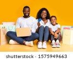 Family Online Shopping. Joyful...