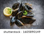 Raw Mussels With Herbs Lemon...