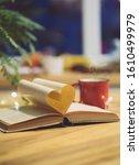 Love Reading Or Saint Valentin...