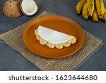 Tapioca Filled Of Banana Slices ...
