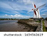 Blennerville Windmill near the town of Tralee in County Kerry, built in 1800 on the estuary of the River Lee and is the largest working windmill in Ireland