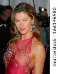 Small photo of Gisele Bundchen, in Dior Haute Couture by John Galliano, at AngloMania Tradition and Transgression in British Fashion Opening Gala, The Metropolitan Museum of Art, New York, May 01, 2006