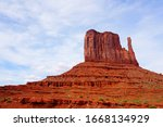 Mitten Butte In Monument Valley ...