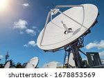 Many parabolic antennas against ...