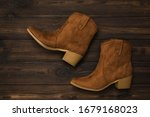 Fashionable Suede Brown Boots...
