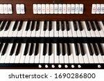 New Modern Pipe Organ Keyboard...